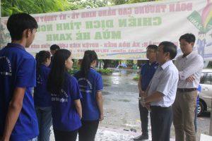TS Hồ Ngọc Tiến căn dặn các chiến sĩ tình nguyện mùa hè xanh - đoàn thanh niên cao đẳng vinatex